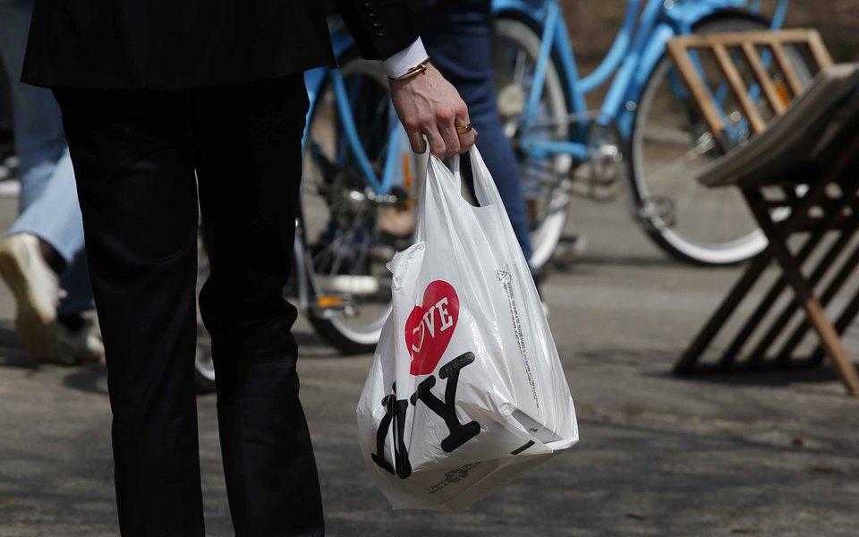 Борьба спластиком: вНью-Йорке запретят одноразовые полиэтиленовые пакеты