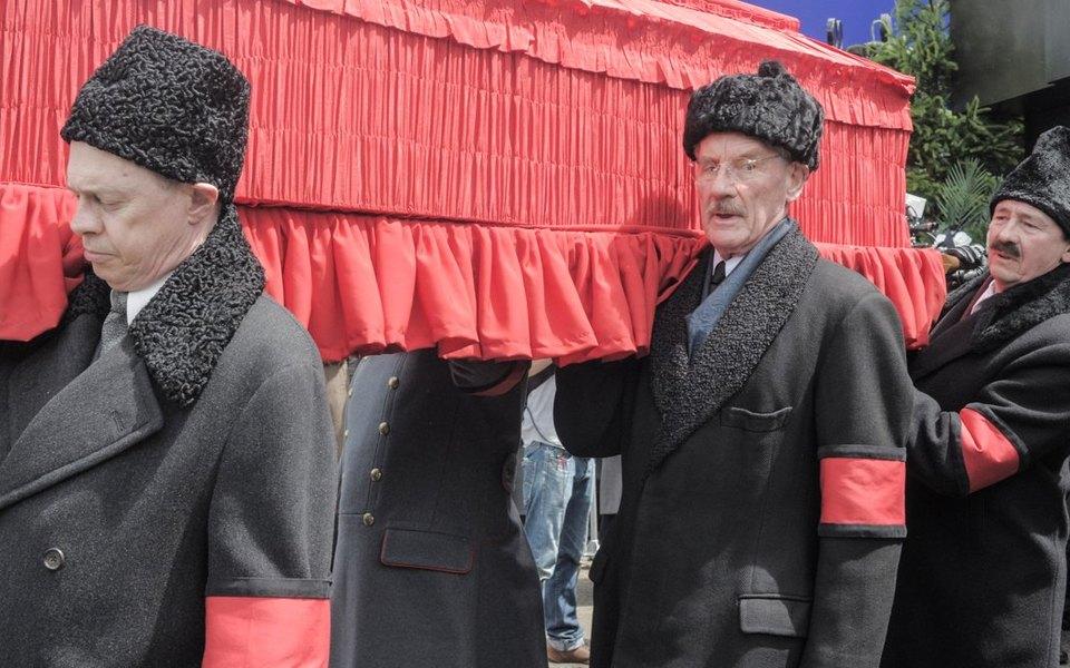 В «Пионер» пришла полиция. Вкинотеатре показывают запрещенный фильм «Смерть Сталина»
