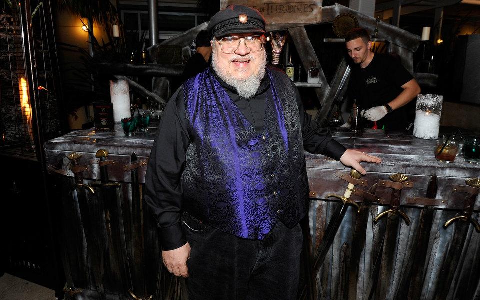 Автор «Игры престолов» объявил овыходе новой книги в2018 году