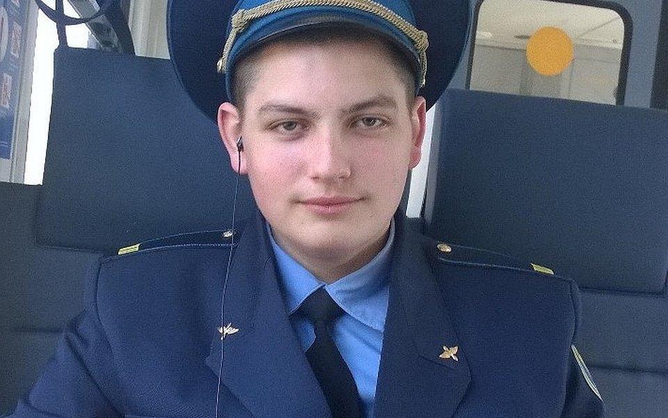 Минтранс подтвердил гибель бортпроводника припожаре всамолете вШереметьево. Ему было 22 года