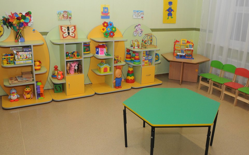 Школы и детские сады в Киеве закрывают до конца марта из-за коронавируса