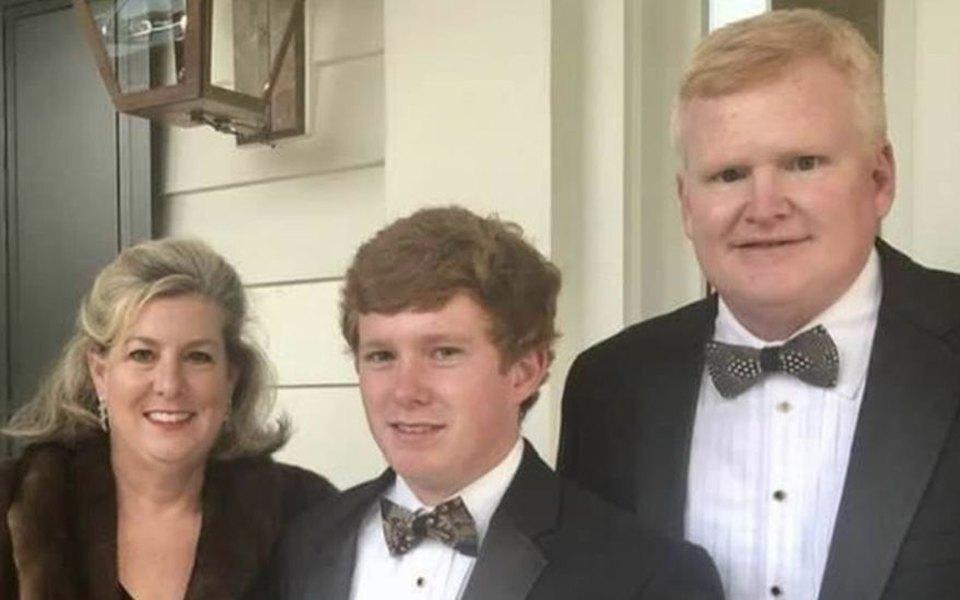 В США адвокат заказал собственное убийство, чтобы старший сын получил $10 миллионов компенсации