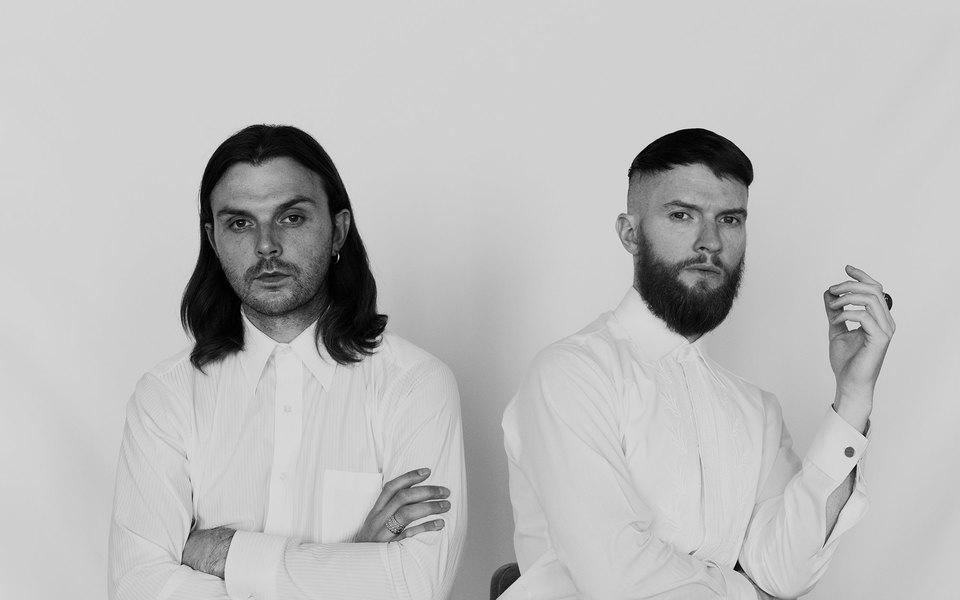 Группа Hurts — овыгорании, одиночестве, новом альбоме ио том, почему Россия стала их вторым домом
