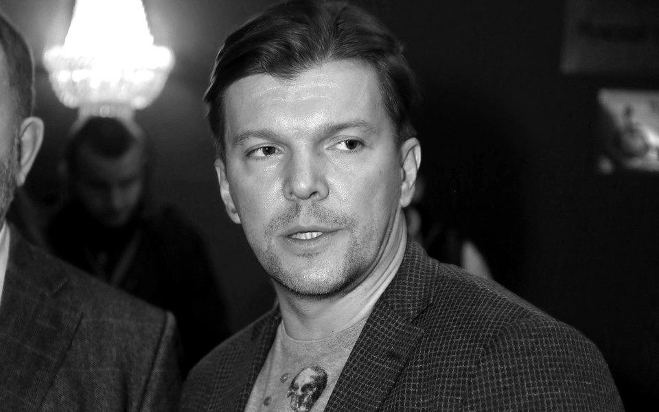 «Это программа, которая такая посвоей сути — савторской оценкой», — Кирилл Клейменов прокомментировал высказывание взащиту Серебренникова вэфире «Первого»