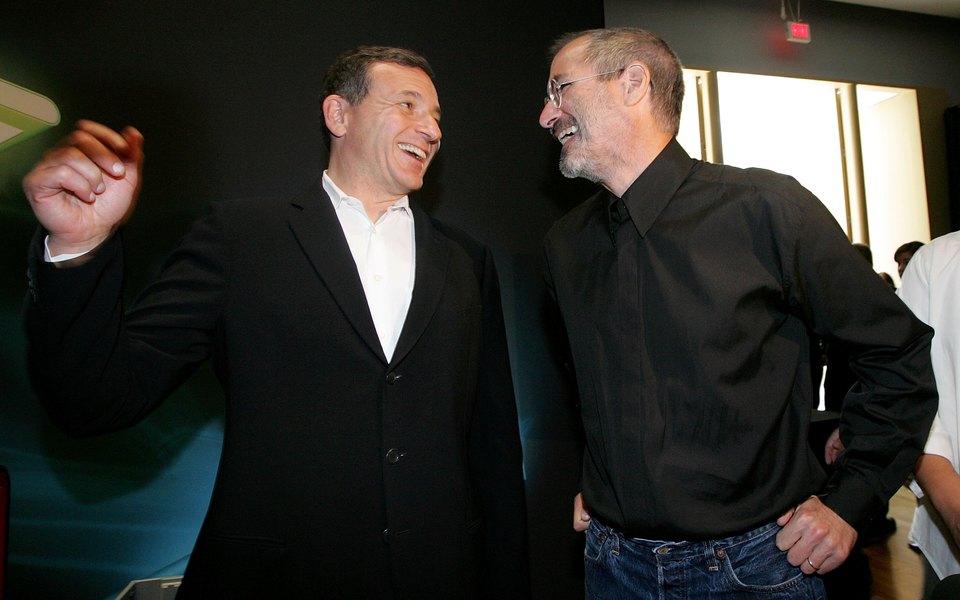 Стив Джобс лично звонил главе Disney, чтобы раскритиковать «Железного человека 2»
