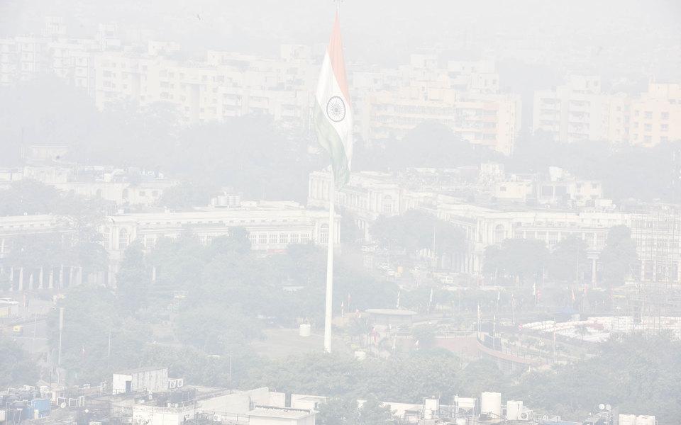 Загрязнение воздуха встолице Индии достигло «невыносимого уровня»