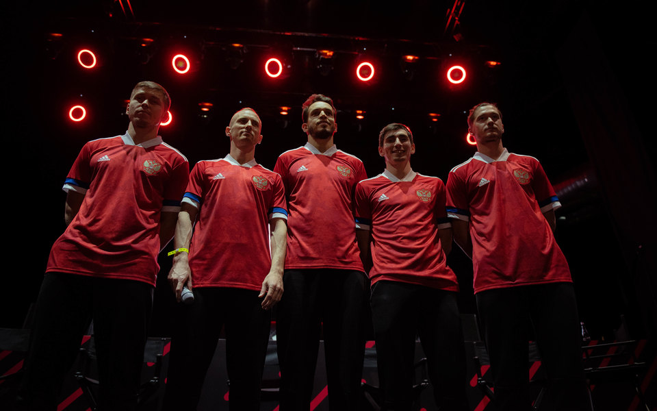 adidas представили новую форму сборной России пофутболу