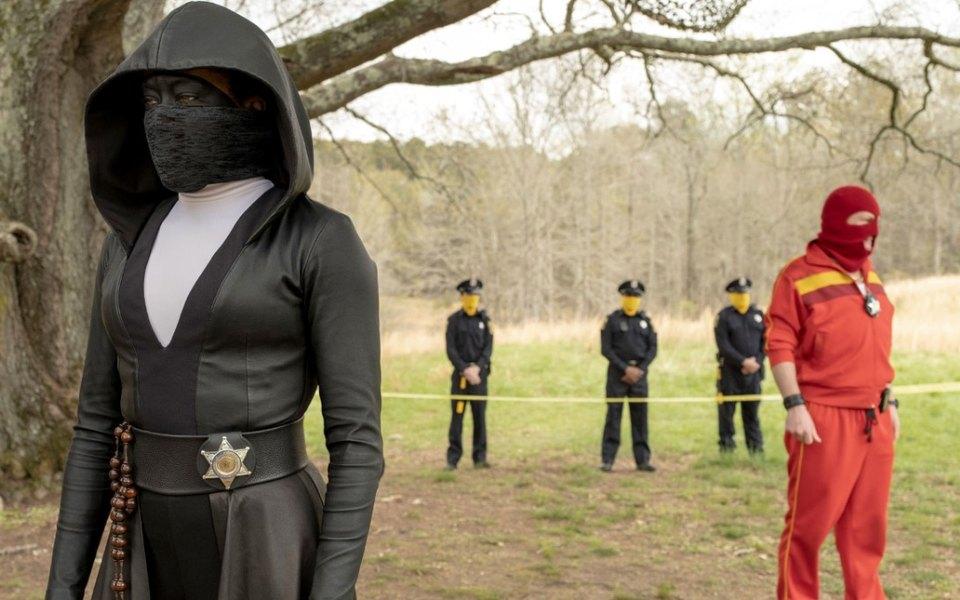 «Хранители» — один изсамых странных иамбициозных сериалов года. Рассказываем, почему его нужно смотреть
